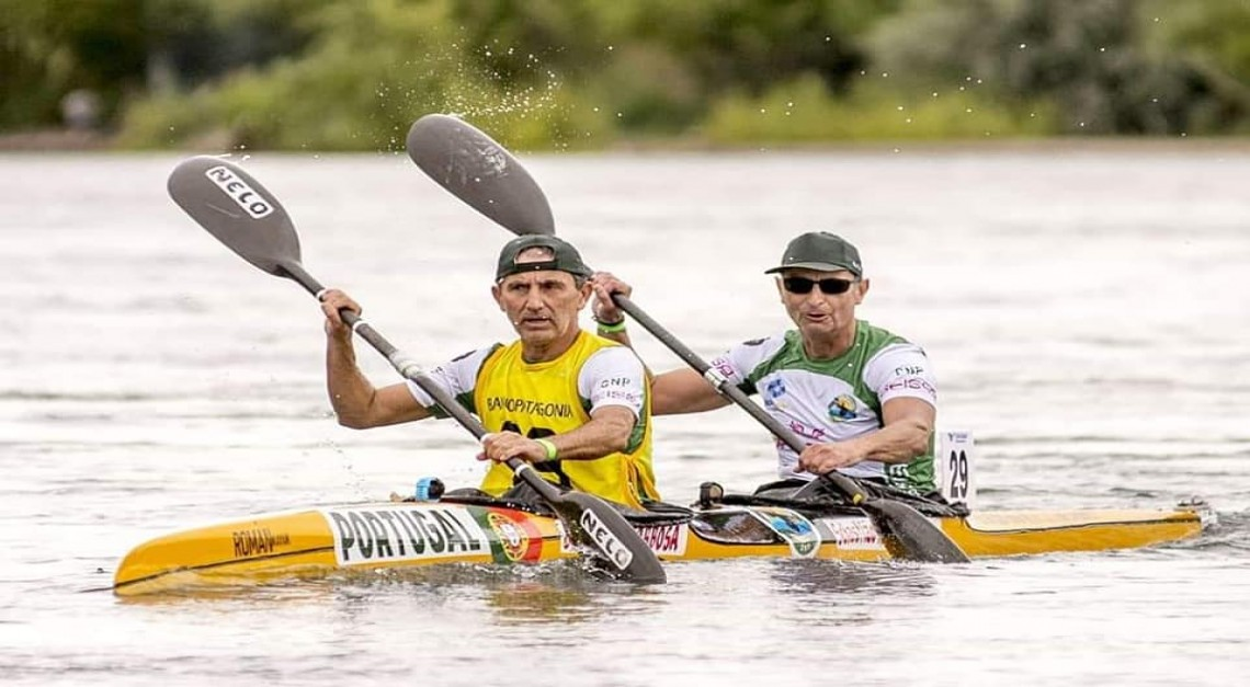 Nuno Lago e Paulo Barbosa. Atletas do CN Prado completaram com sucesso a mais longa maratona de canoagem do mundo!